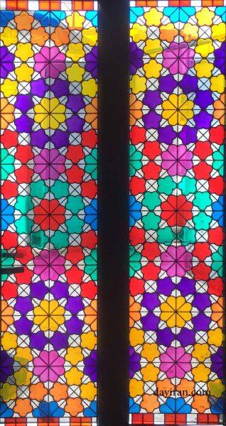 شیشه رنگی 1