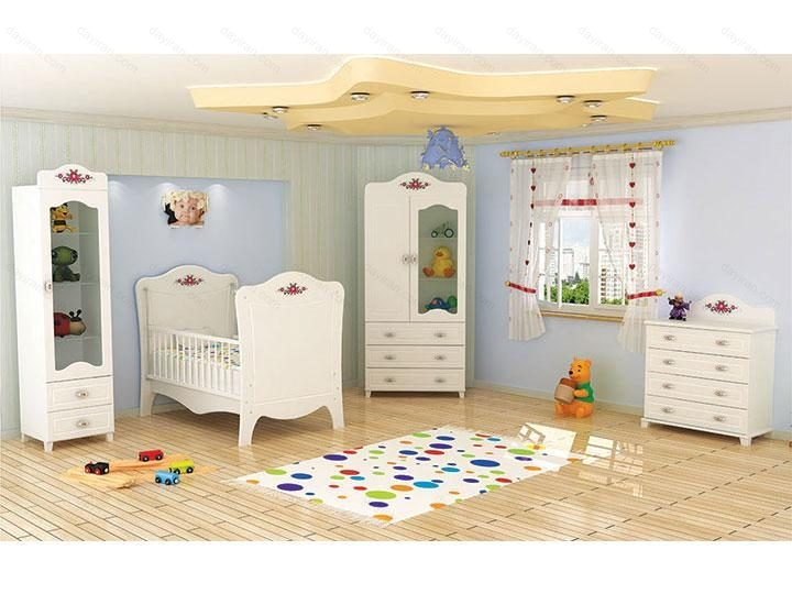 خرید اینترنتی تخت و کمد نوزاد