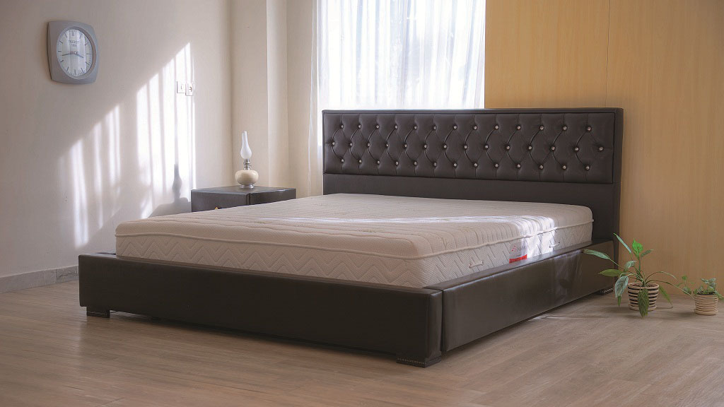 تشک مناسب تخت خواب