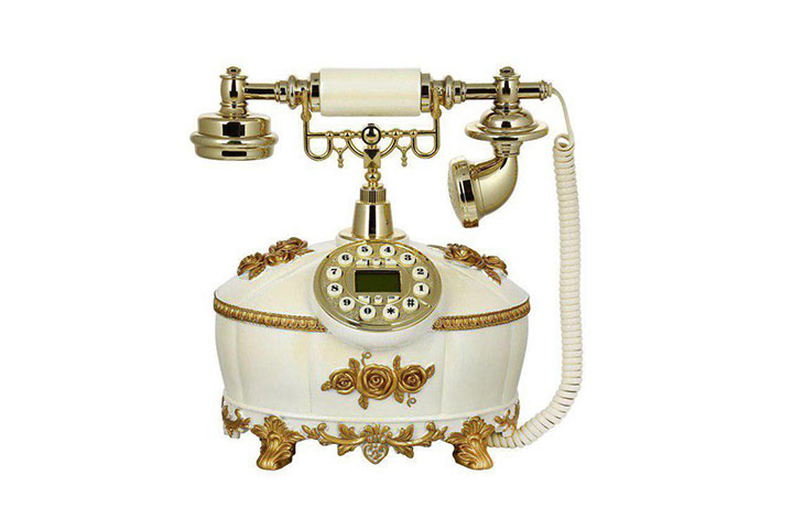 تلفن سلطنتی ۴۱۱AC